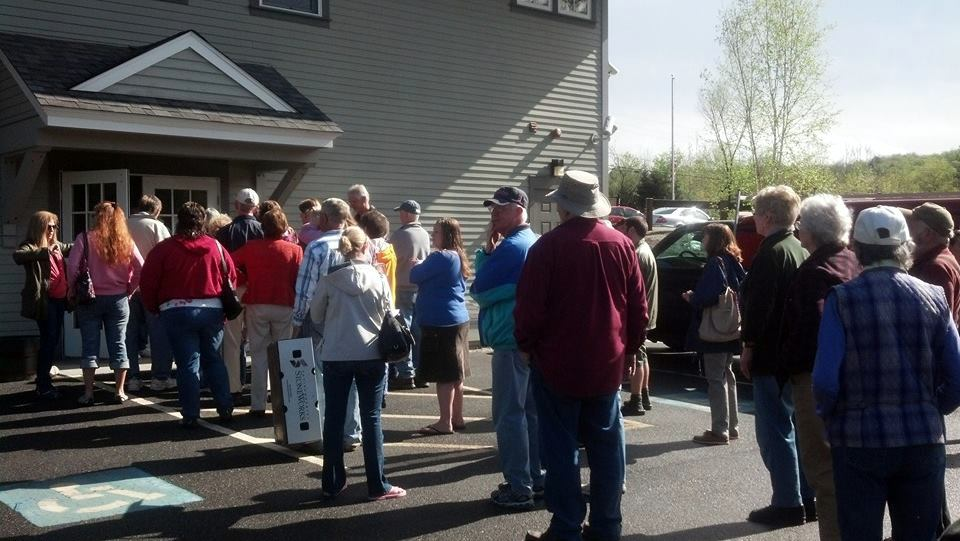 line for plant sale, May 2014