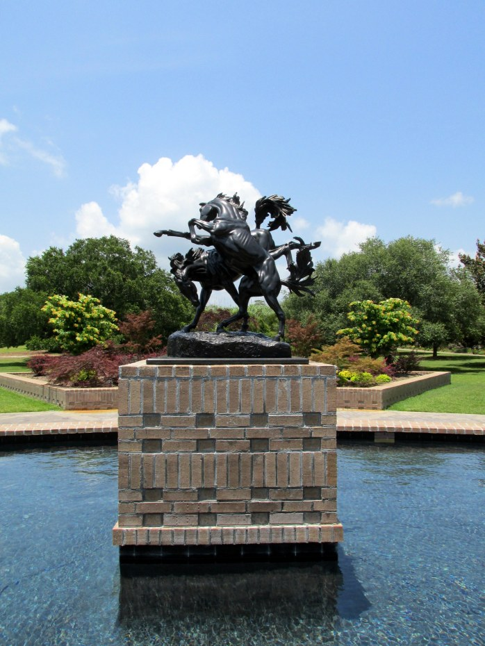 'Fighting Stallions' by Anna Hyatt Huntington sculpture