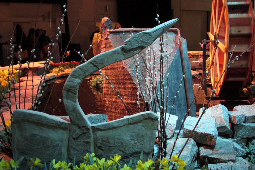 Graystone Masonry: bird sculpture (also seen last year)