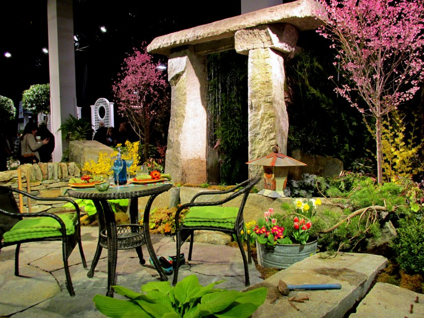 Magma Design Group display: patio and arch