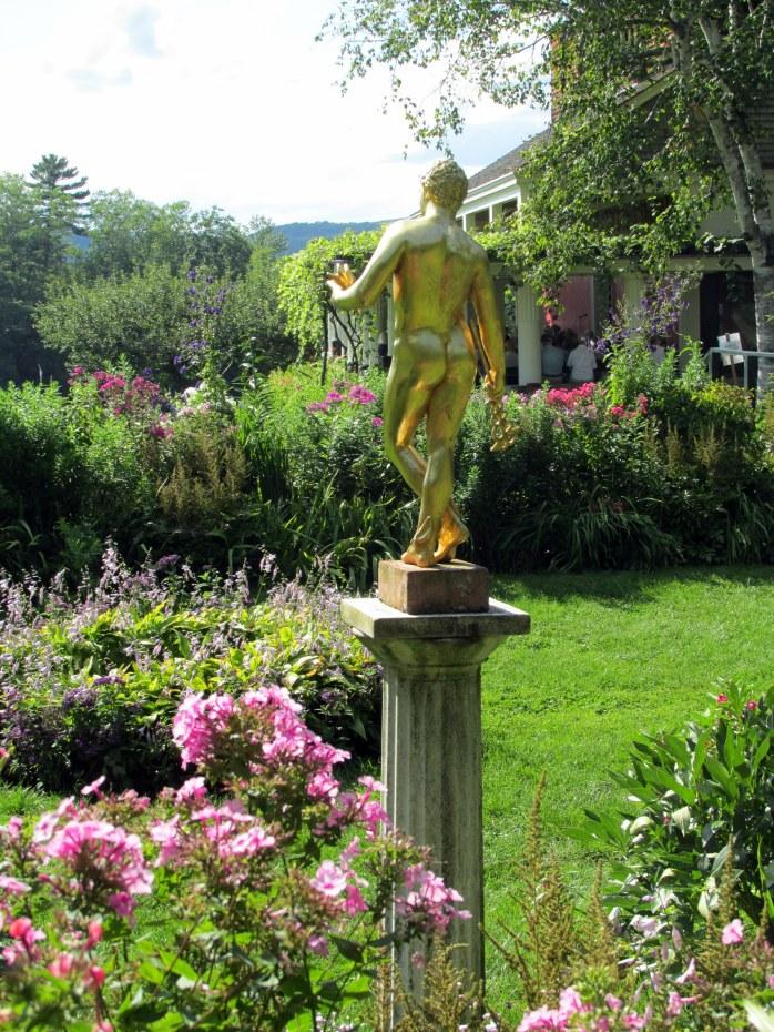 formalgardensculptureLittleStudioStGaudens23Aug2015