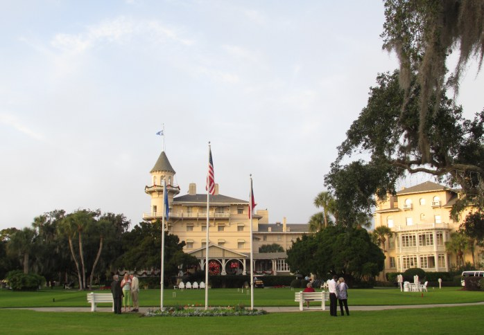 Jekyll Island Club Hotel, late afternoon