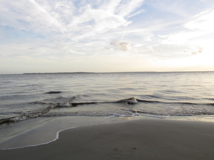 shorelinesurfskyoceansoutherntipsouthbeachJekyll30Dec2015