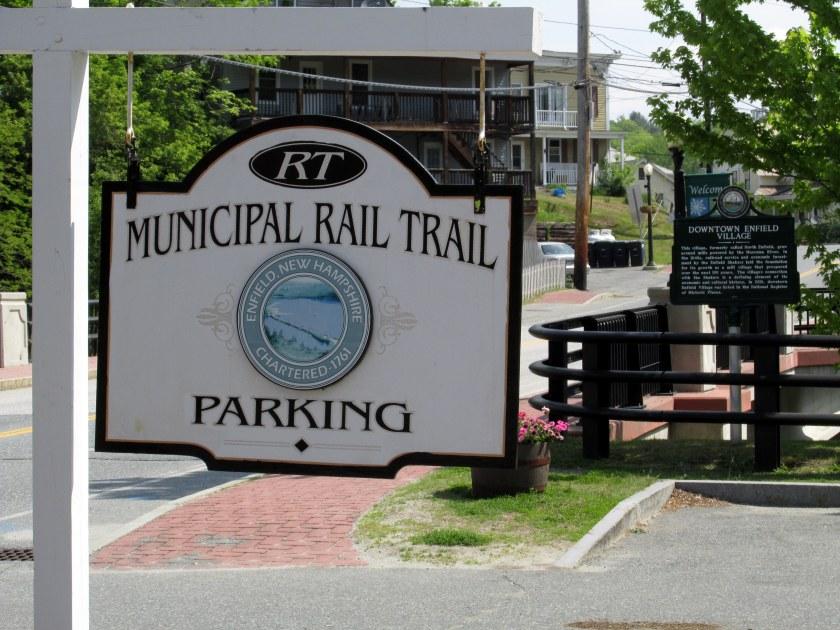MunicipalRailTrailparkinglotsignEnfieldNRT28May2016