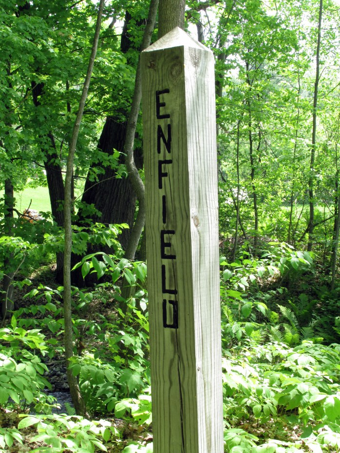 woodensignEnfieldNRT28May2016