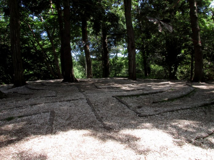 labyrinth in sun-shade