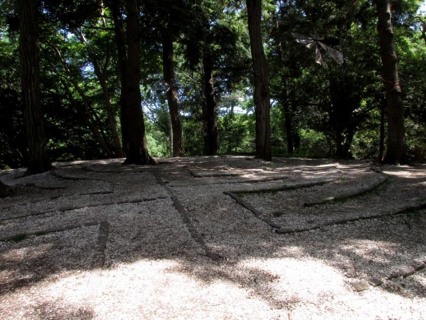 labyrinth in sun-shade