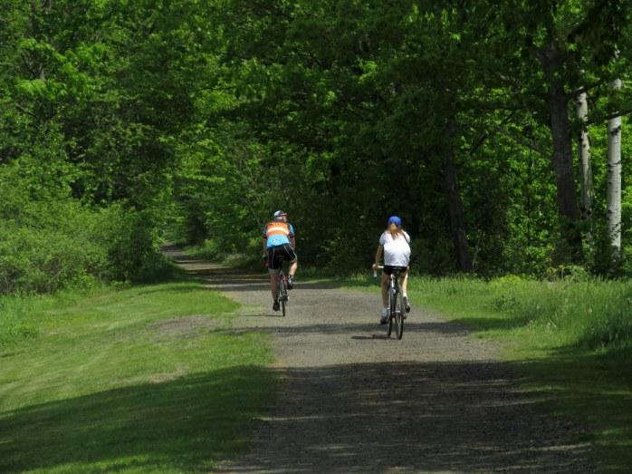 twocycliststrailNRT28May2016