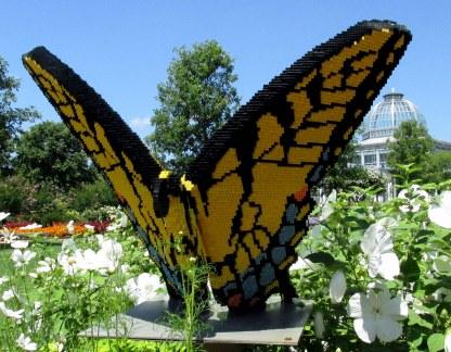 LegoswallowtailbutterflyfrontviewGinterRichmond17July2016