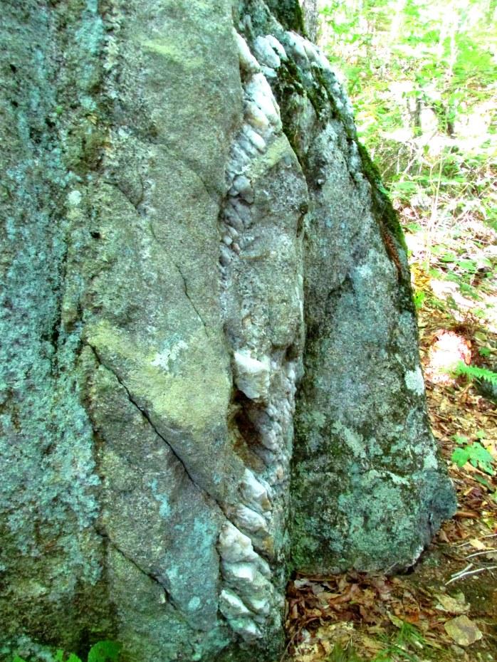 rock with quartz vein