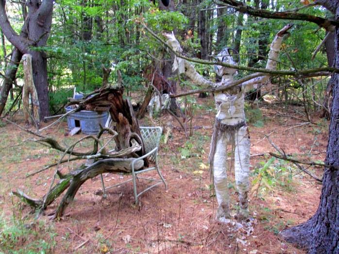 creatureinchairandzombiedarkwoodsbedrockgardens10oct2015