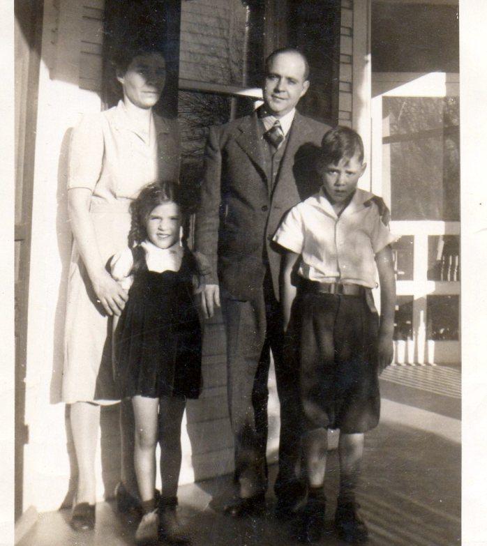 ettamaysonyapapadadshadow1940s