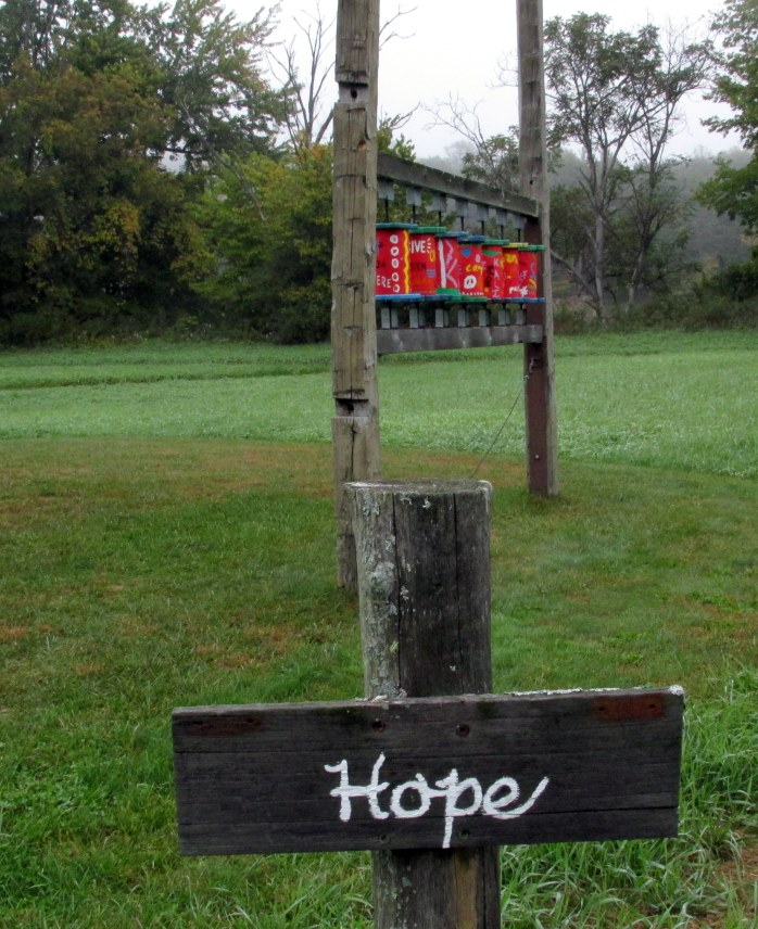 hopesignprayerwheelspathoflifewindsorvt7oct2016