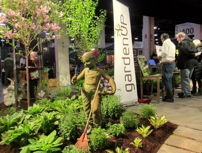 GardenUpstatuerakeBostonFlowerShow24March2017