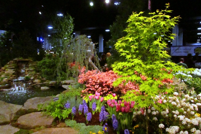 hyacinthsazaleasmapleweepingevergreenplantingsHeimlichNurseriesBostonFlowerShow24March2017
