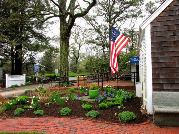 entranceflagshopgardenHeritageGardensSandwichMA26April2017