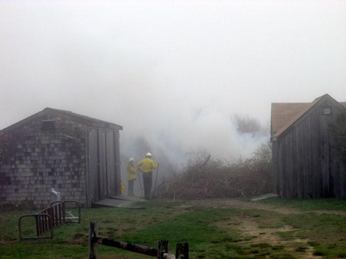 fogburingbrushfireCoastGuardBeachCC27April2017