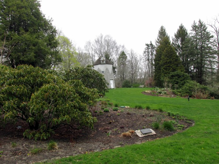windmilllawngardenHeritageGardensSandwichMA26April2017