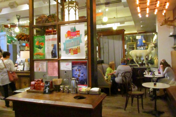 cafeParisMarketSavannahGA17Dec2016